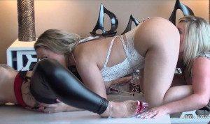 Two amateur swinger hotties masturbating while tasting moist pussy