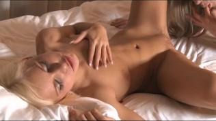 Lesbea Hot sex straight from nightclub